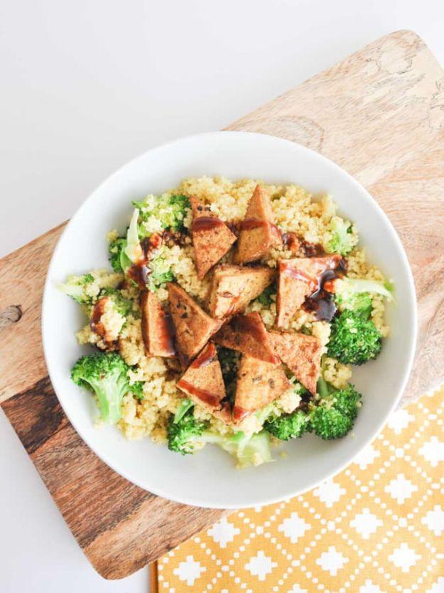 Vegan Recipes - BBQ Couscous Bowl - Easy, Healthy Plant Based Foods - Gluten Free Breakfast, Lunch and Dessert - Keto Diet for Beginners  #vegan #veganrecipes