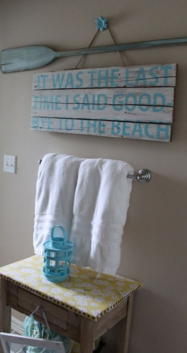 Cheap Bathroom Decor Ideas - Beachy Bathroom Sign - DIY Decor and Home Decorating Ideas for Bathrooms - Easy Wall Art, Rugs and Bath Mats, Shower Curtains, Tissue and Toilet Paper Holders #diy #bathroom #homedecor