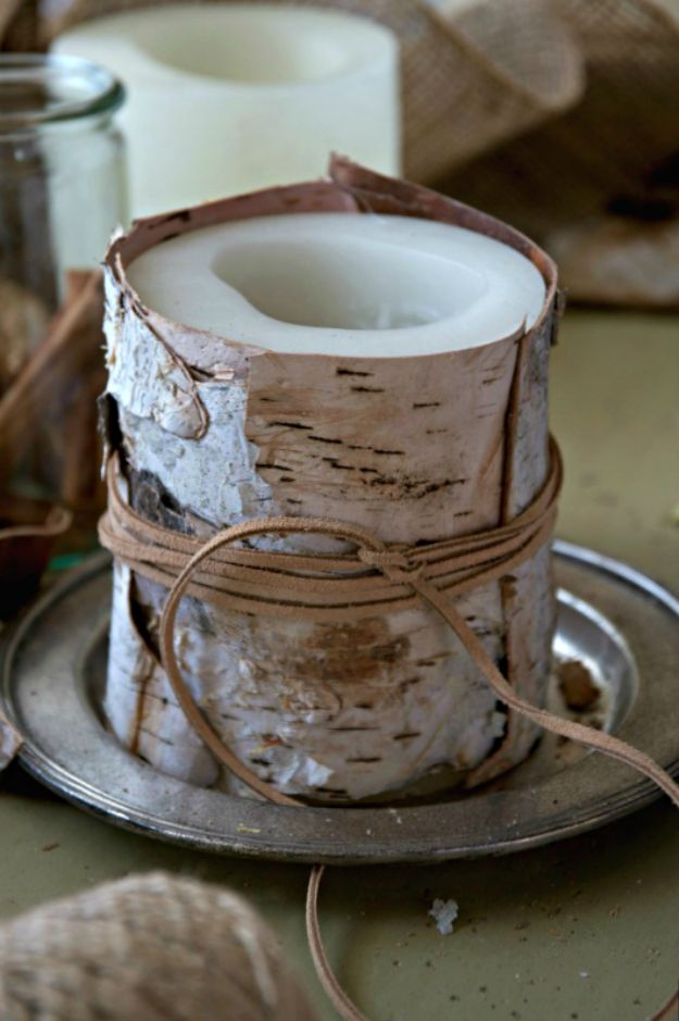 DIY Christmas Gifts - Birch Wrapped Candles - Easy Handmade Gift Ideas for Xmas Presents - Cheap Projects to Make for Holiday Gift Giving - Mom, Dad, Boyfriend, Girlfriend, Husband, Wife #diygifts #christmasgifts