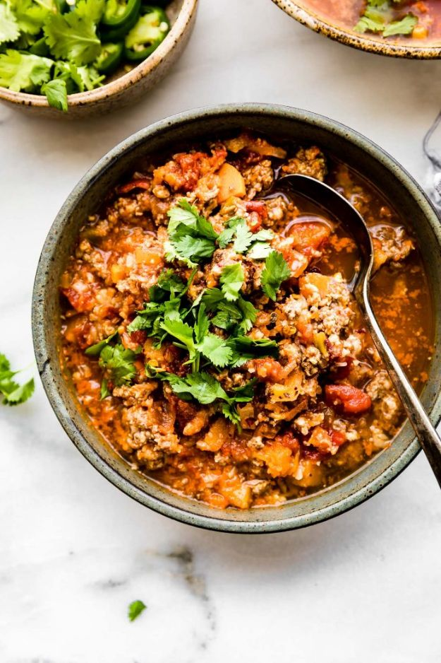 Chili Recipes - Crock Pot Sweet Potato Chipotle Chili - Easy Crockpot, Instant Pot and Stovetop Chili Ideas - Healthy Weight Watchers, Pioneer Woman - No Beans, Beef, Turkey, Chicken https://diyjoy.com/chili-recipes