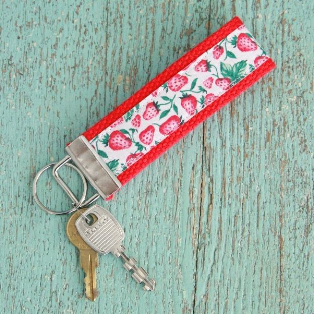 Easy Sewing Projects To Sew For Gifts - DIY Easy Vintage Ribbon Keychain - Simple Sewing Tutorials and Free Patterns for Making Christmas and Birthday Presents - Cheap Ideas to Make and Sell on Etsy