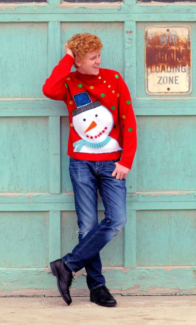 DIY Ugly Christmas Sweaters - DIY Frosty Ugly Christmas Sweater - No Sew and Easy Sewing Projects - Ideas for Him and Her to Wear to Holiday Contest or Office Party Outfit - Funny Couples Sweater, Mens Womens and Kids #christmas