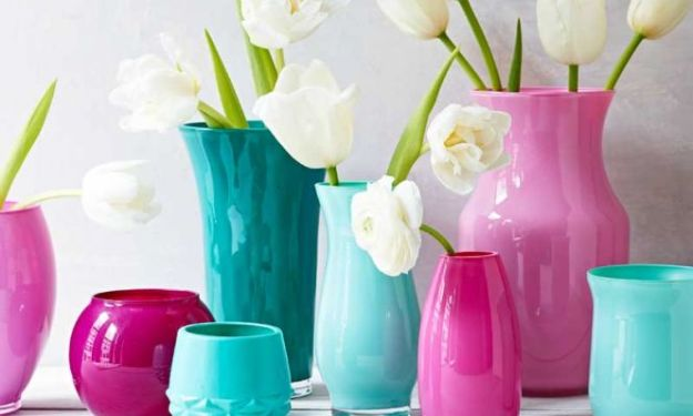 DIY Christmas Gifts - DIY Painted Vases - Easy Handmade Gift Ideas for Xmas Presents - Cheap Projects to Make for Holiday Gift Giving - Mom, Dad, Boyfriend, Girlfriend, Husband, Wife #diygifts #christmasgifts