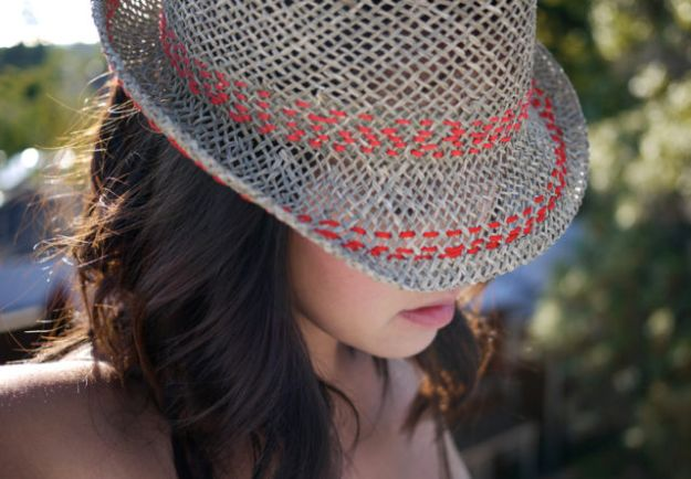 DIY Hats - DIY Stitched Hat - Creative Do It Yourself Hat Tutorials for Making a Hat - Step by Step Tutorial for Cute and Easy Baseball Hat, Cowboy Hat, Flowers or Floral Tea Party Ideas, Kids and Adults, Knit Cap for Babies #hats #diyclothes