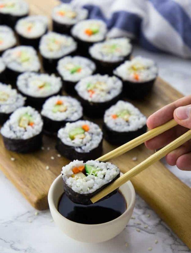Vegan Recipes - Easy Vegan Sushi - Easy, Healthy Plant Based Foods - Gluten Free Breakfast, Lunch and Dessert - Keto Diet for Beginners  #vegan #veganrecipes