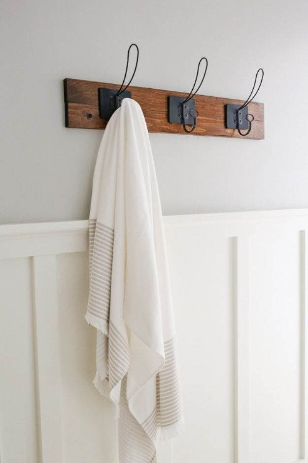 Magnolia Homes Decor Ideas - Farmhouse Style DIY Towel Rack - DIY Decor Inspired by Chip and Joanna Gaines - Fixer Upper Dining Room, Coffee Tables, Light Fixtures for Your House - Do It Yourself Decorating On A Budget With Farmhouse Style Decorations for the Home