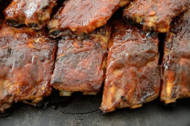 Fireball Whiskey Recipes - Fireball Cinnamon Whiskey Ribs - Fire ball Whisky Recipe Ideas - Pie, Desserts, Drinks, Homemade Food and Cocktails - Easy Treats and Christmas Dishes #fireball #recipes #food