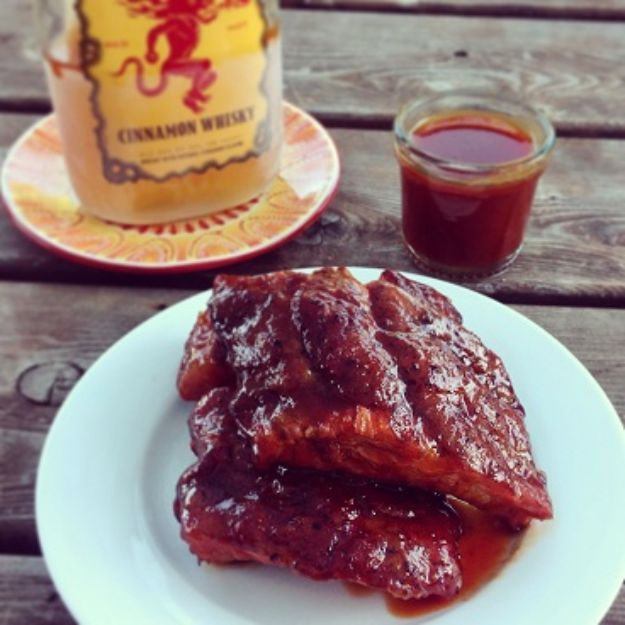Fireball Whiskey Recipes - Fireball Whisky Baby Back Ribs - Fire ball Whisky Recipe Ideas - Pie, Desserts, Drinks, Homemade Food and Cocktails - Easy Treats and Christmas Dishes #fireball #recipes #food