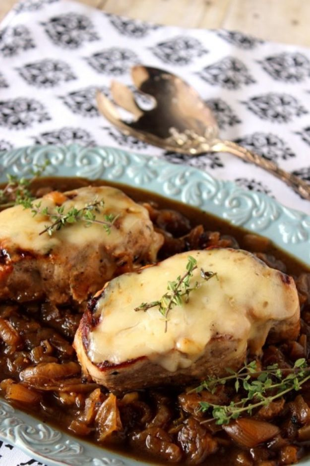 Pork Chop Recipes - French Onion Pork Chops - Best Recipe Ideas for Pork Chops - Healthy Baked, Grilled and Crockpot Dishes - Easy Boneless Skillet Chops #recipes #porkrecipes #porkchops