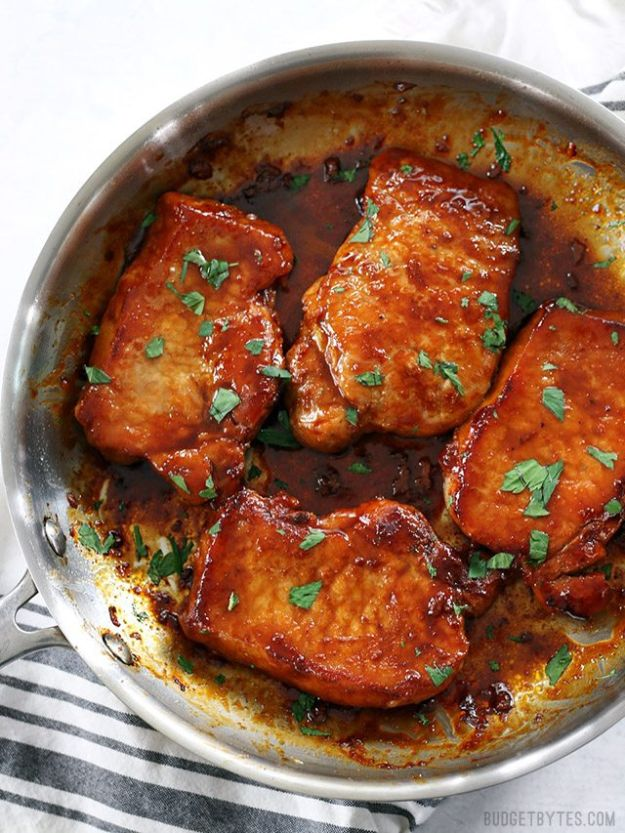 Pork Chop Recipes - Glazed Pork Chops - Best Recipe Ideas for Pork Chops - Healthy Baked, Grilled and Crockpot Dishes - Easy Boneless Skillet Chops https://diyjoy.com/pork-chop-recipes