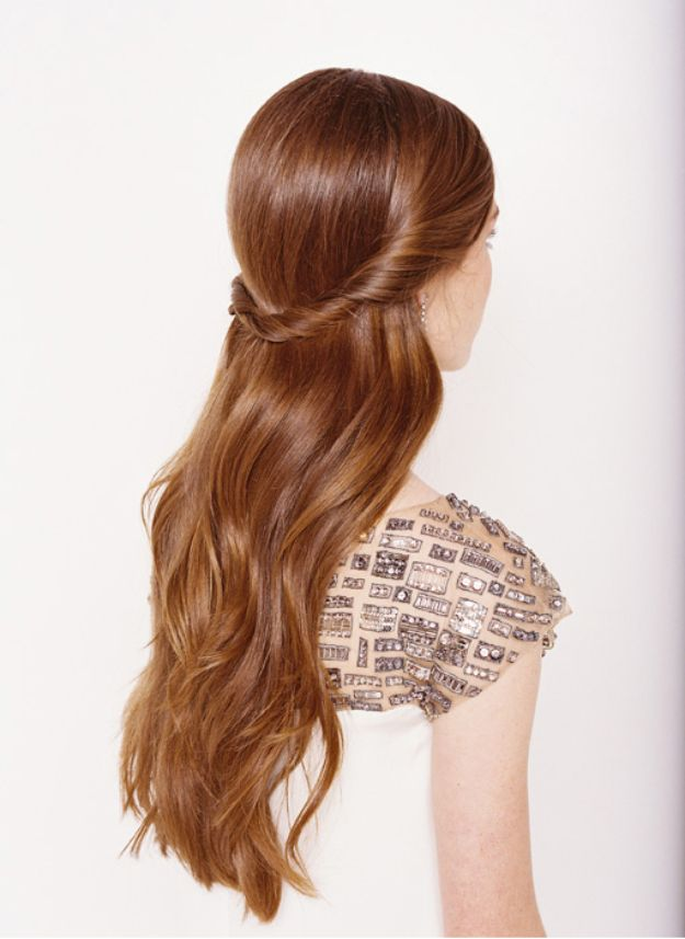 Holiday Hairstyles - Half Up Half Down - Cute DIY Hair Styles for Christmas and New Years Eve, Special Occasion - Updos, Braids, Buns, Ponytails, Half Up Half Down Looks #hairstyles