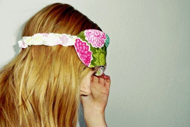 Easy Sewing Projects To Sew For Gifts - Handmade Sleep Mask - Simple Sewing Tutorials and Free Patterns for Making Christmas and Birthday Presents - Cheap Ideas to Make and Sell on Etsy