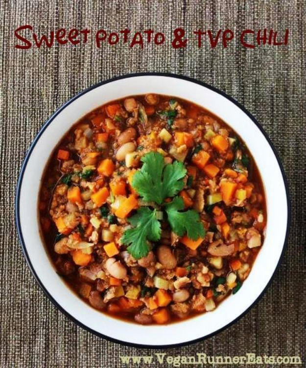 Chili Recipes - High-Protein Vegan Chili - Easy Crockpot, Instant Pot and Stovetop Chili Ideas - Healthy Weight Watchers, Pioneer Woman - No Beans, Beef, Turkey, Chicken  #chili #recipes