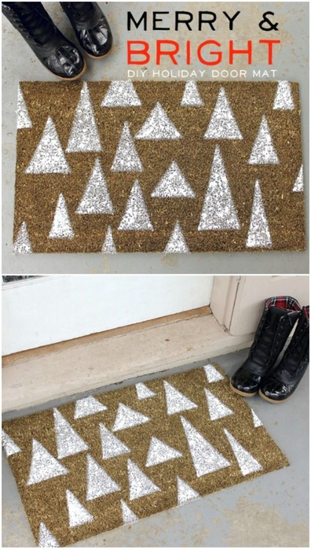 DIY Christmas Decorations - Holiday Door Mat - Easy Handmade Christmas Decor Ideas - Cheap Xmas Projects to Make for Holiday Decorating - Home, Porch, Mantle, Tree, Lights #diy #christmas #diydecor #holiday