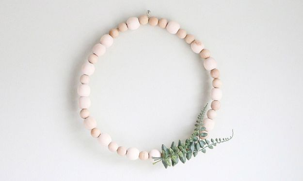 DIY Home Decor Projects for Beginners - Minimalist Wooden Bead Wreath - Easy Homemade Decoration for Your House or Apartment - Creative Wall Art, Rugs, Furniture and Accessories for Kitchen - Quick and Cheap Ways to Decorate on A Budget - Farmhouse, Rustic, Modern, Boho and Minimalist Style With Step by Step Tutorials #diy