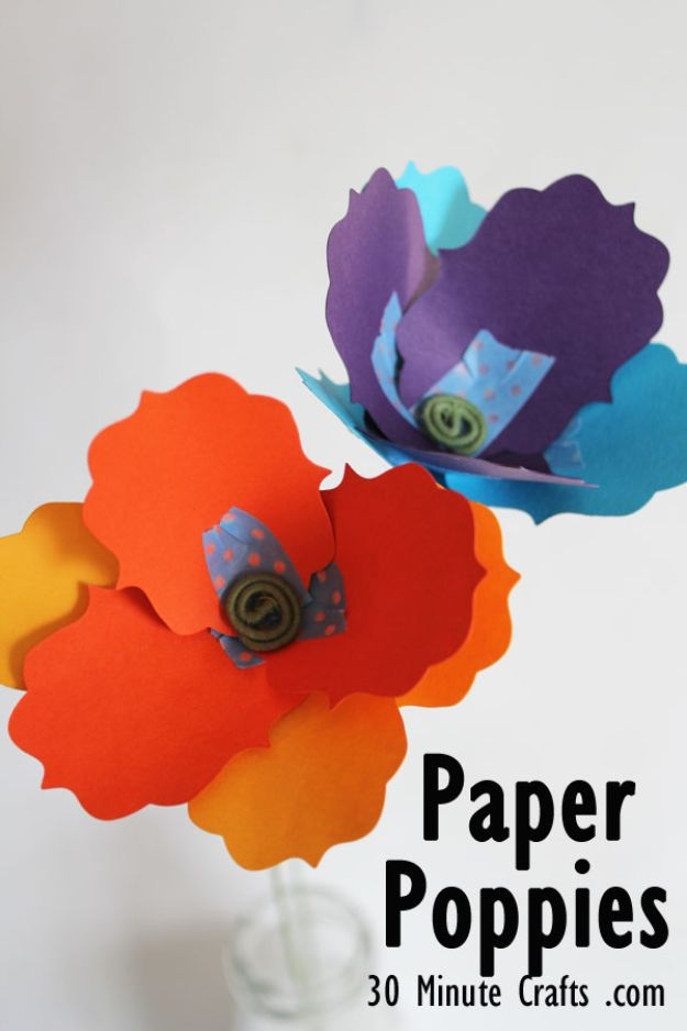 Easy Crafts for Kids - Paper Poppy - Quick DIY Ideas for Children - Boys and Girls Love These Cool Craft Projects - Indoor and Outdoor Fun at Home - Cheap Playtime Activities #kidscrafts