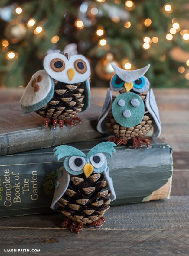 DIY Christmas Decorations - Pine Cone Owl Ornaments - Easy Handmade Christmas Decor Ideas - Cheap Xmas Projects to Make for Holiday Decorating - Home, Porch, Mantle, Tree, Lights #diy #christmas #diydecor #holiday