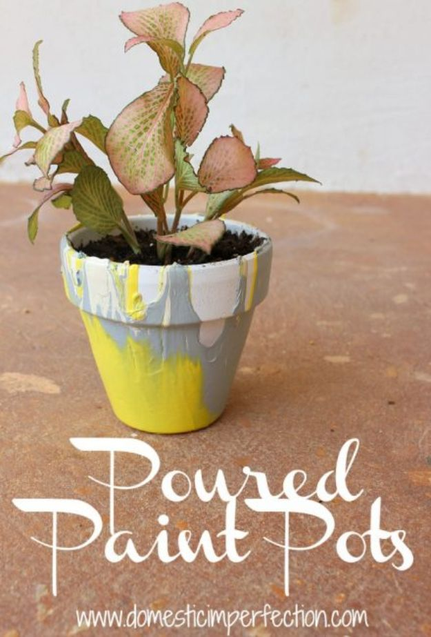 Easy Crafts for Kids - Poured Paint Pots - Quick DIY Ideas for Children - Boys and Girls Love These Cool Craft Projects - Indoor and Outdoor Fun at Home - Cheap Playtime Activities #kidscrafts