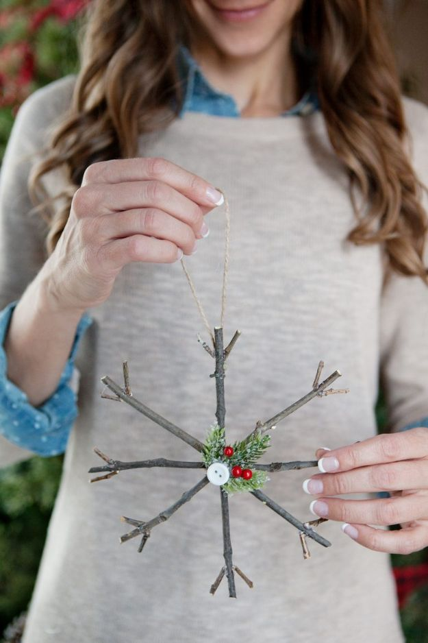 DIY Christmas Decorations - Rustic Twig Christmas Ornaments - Easy Handmade Christmas Decor Ideas - Cheap Xmas Projects to Make for Holiday Decorating - Home, Porch, Mantle, Tree, Lights #diy #christmas #diydecor #holiday