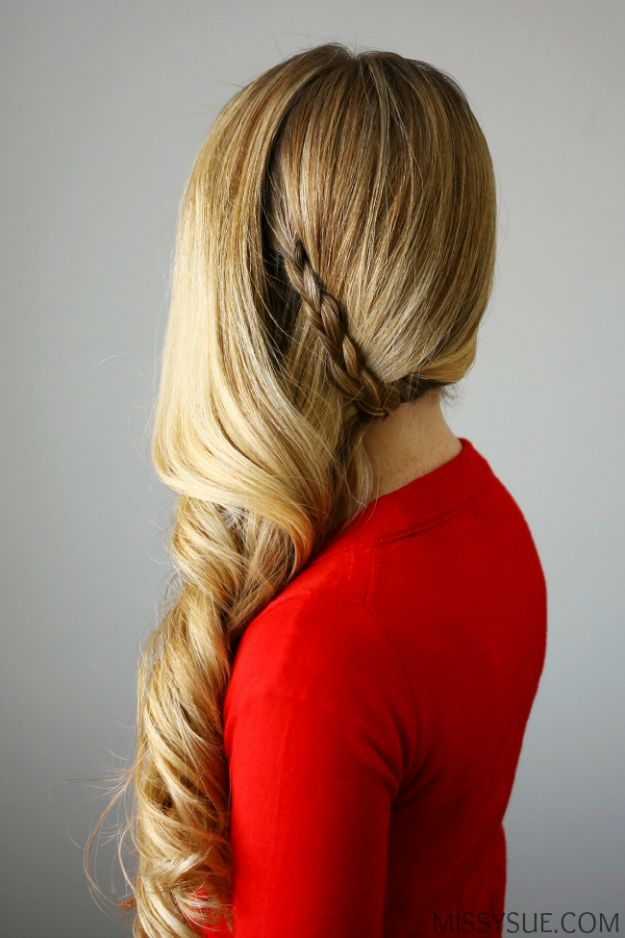 Holiday Hairstyles - Side Swept Holiday Curls - Cute DIY Hair Styles for Christmas and New Years Eve, Special Occasion - Updos, Braids, Buns, Ponytails, Half Up Half Down Looks #hairstyles