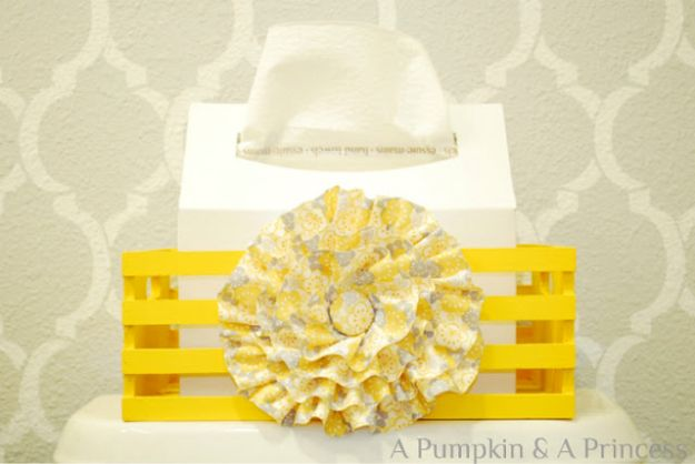 Cheap Bathroom Decor Ideas - Tissue Box Cover - DIY Decor and Home Decorating Ideas for Bathrooms - Easy Wall Art, Rugs and Bath Mats, Shower Curtains, Tissue and Toilet Paper Holders #diy #bathroom #homedecor
