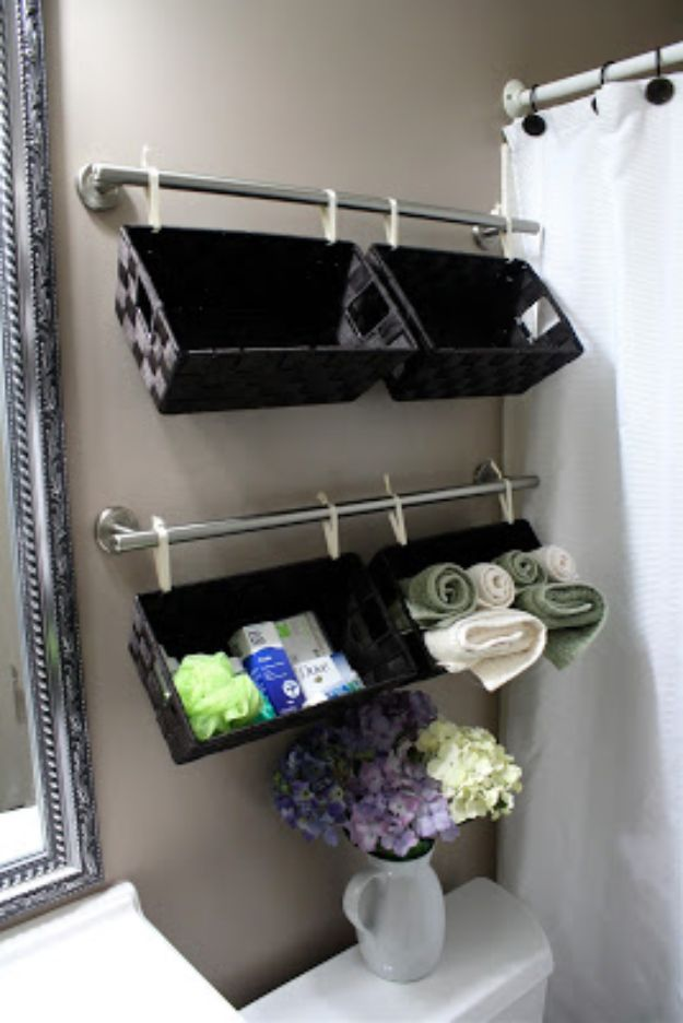 Cheap Bathroom Decor Ideas - Wall Full of Baskets - DIY Decor and Home Decorating Ideas for Bathrooms - Easy Wall Art, Rugs and Bath Mats, Shower Curtains, Tissue and Toilet Paper Holders #diy #bathroom #homedecor