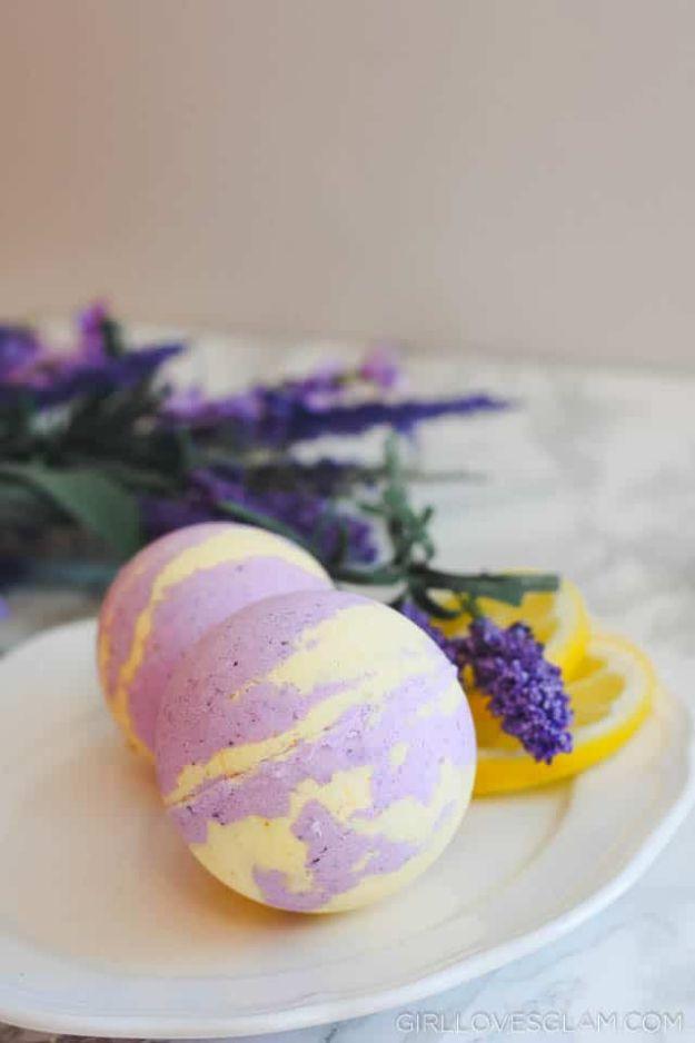 DIY Bath Bombs - Allergy Relief Lavender Lemon Bath Bombs - Easy DIY Bath Bomb Recipe Ideas - How to Make Bath Bombs at Home - Best Lush Copycats, Lavender, Glitter Homemade Bath Fizzies #bathbombs #diyideas