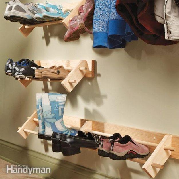 DIY Shoe Racks - Build a Shoe Organizer - Easy DYI Shoe Rack Tutorial - Cheap Closet Organization Ideas for Shoes - Wood Racks, Cubbies and Shelves to Make for Shoes