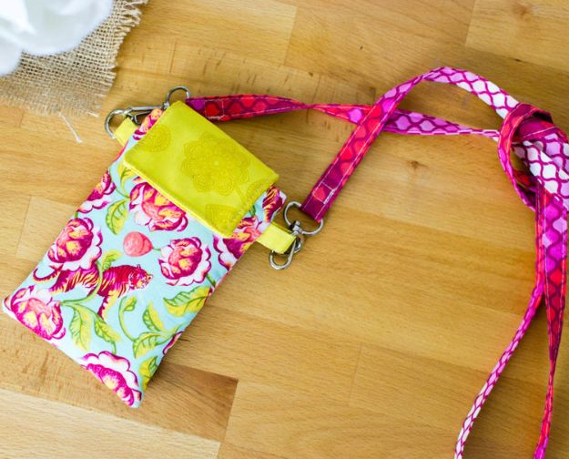 Sewing Projects to Make and Sell - Cell Phone Wallet - Easy Things to Sew and Sell on Etsy and Online Shops - DIY Sewing Crafts With Free Pattern and Tutorial