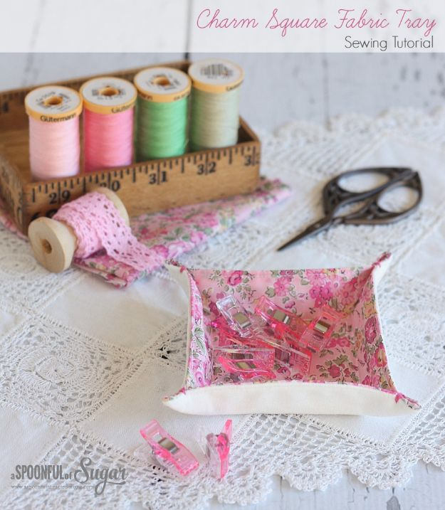 Sewing Projects for Fat Quarters - Charm Square Fabric Tray - Easy Ideas to Sew With a Fat Quarter - Quick DIY Gifts, Quilt, Placemats, DIY Baby Gift, Project for The Home, Kids, Christmas