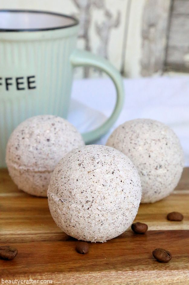 DIY Bath Bombs - Coffee and Cream Bath Bombs - Easy DIY Bath Bomb Recipe Ideas - How to Make Bath Bombs at Home - Best Lush Copycats, Lavender, Glitter Homemade Bath Fizzies #bathbombs #diyideas