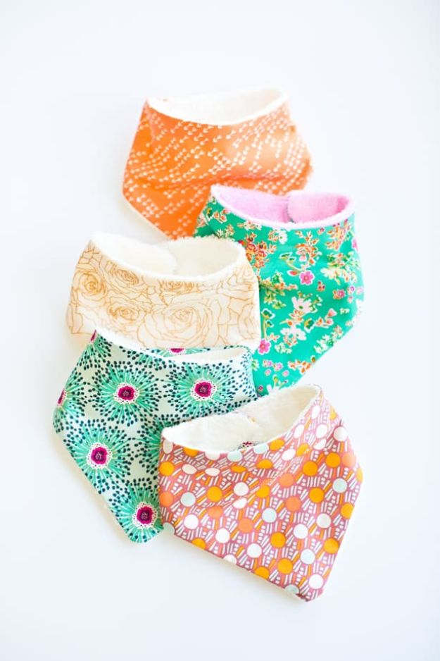 Easy Sewing Projects to Make and Sell - Cute Baby Bandana Bibs - Easy Things to Sew and Sell on Etsy and Online Shops - DIY Sewing Crafts With Free Pattern and Tutorial