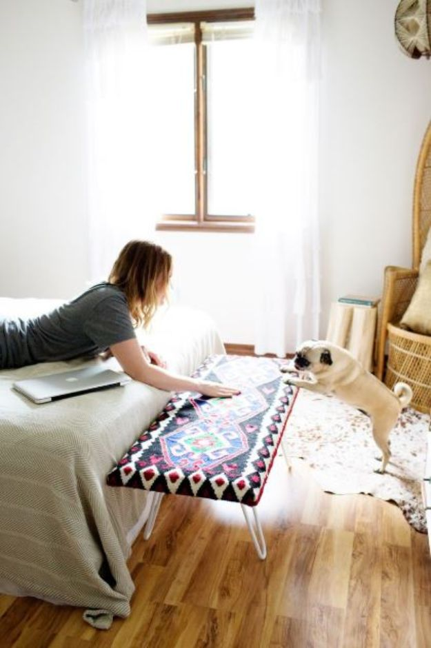 DIY Room Decor Ideas DIY Bedroom Decor Projects for Seating at Foot of Bed- DIY Bedside Bench - DYI Room Decor Projects for The Home - Cheap Farmhouse Crafts, Wall Art Idea, Bed and Bedding, Furniture