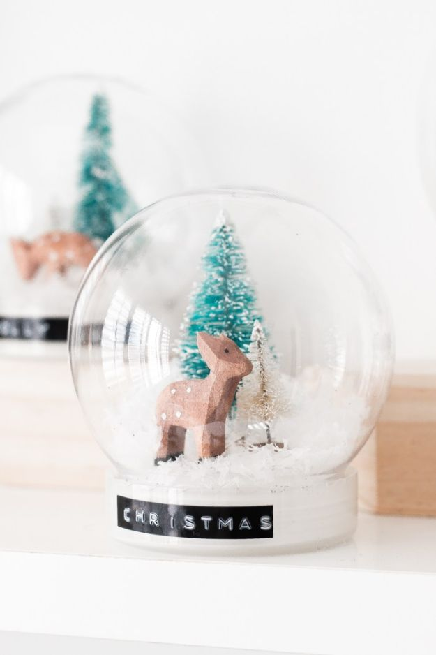 DIY Snow Globe Ideas - DIY Christmas Snow Globes - Easy Ideas To Make Snow Globes With Kids - Mason Jar, Picture, Ornament, Waterless Christmas Crafts - Cheap DYI Holiday Gift Ideas
