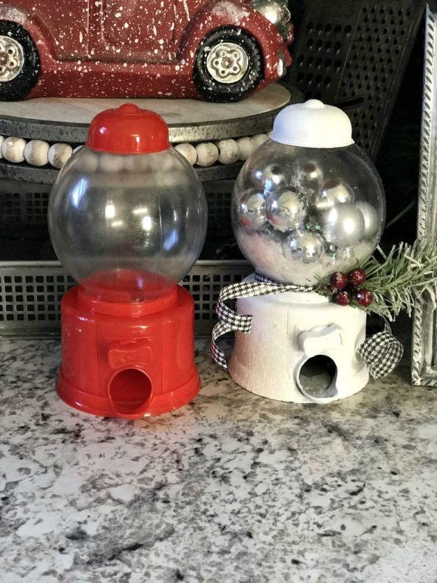 DIY Snow Globe Ideas - DIY Dollar Tree Snow Globe - Easy Ideas To Make Snow Globes With Kids - Mason Jar, Picture, Ornament, Waterless Christmas Crafts - Cheap DYI Holiday Gift Ideas