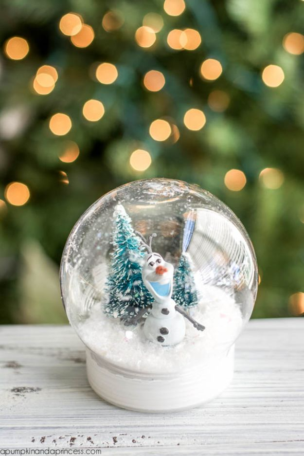 DIY Snow Globe Ideas - DIY Frozen Olaf Snow Globe - Easy Ideas To Make Snow Globes With Kids - Mason Jar, Picture, Ornament, Waterless Christmas Crafts - Cheap DYI Holiday Gift Ideas