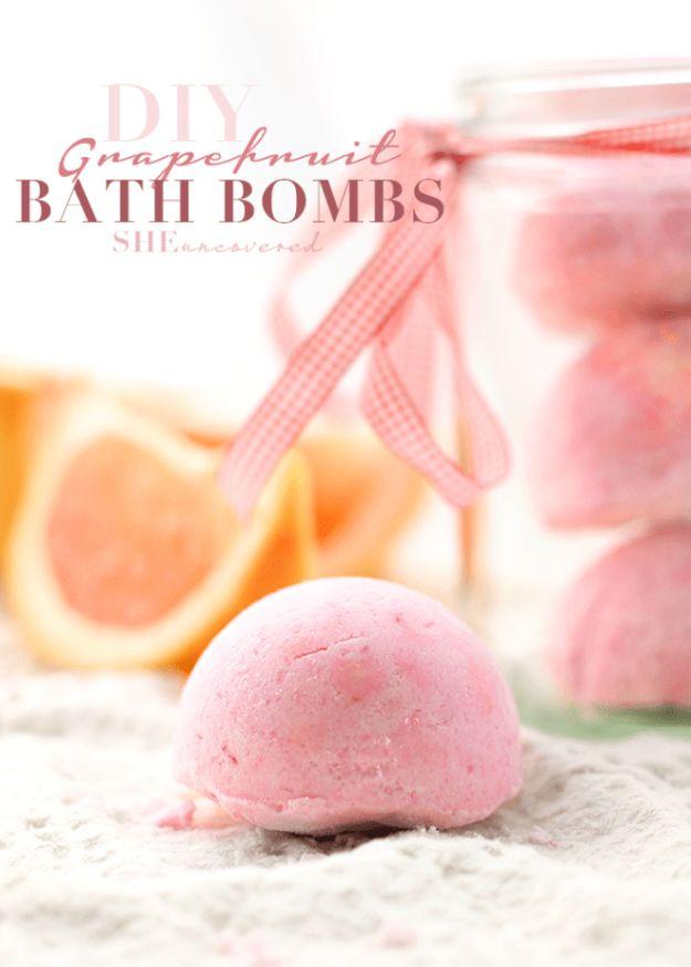DIY Bath Bombs - DIY Grapefruit Bath Bombs - Easy DIY Bath Bomb Recipe Ideas - How to Make Bath Bombs at Home - Best Lush Copycats, Lavender, Glitter Homemade Bath Fizzies #bathbombs #diyideas