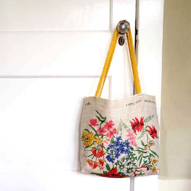 Fun DIY Ideas for Adults - DIY Tea Towel Tote - Easy Crafts and Gift Ideas , Cool Projects That Are Fun to Make - Crafts Idea for Men and Women