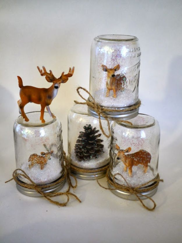 DIY Snow Globe Ideas - DIY Waterless Deer Snow Globes - Easy Ideas To Make Snow Globes With Kids - Mason Jar, Picture, Ornament, Waterless Christmas Crafts - Cheap DYI Holiday Gift Ideas
