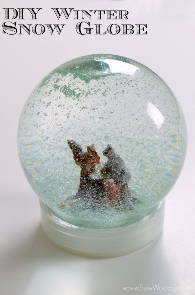 DIY Snow Globe Ideas - DIY Winter Snow Globe - Easy Ideas To Make Snow Globes With Kids - Mason Jar, Picture, Ornament, Waterless Christmas Crafts - Cheap DYI Holiday Gift Ideas
