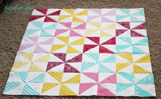Easy Quilt Ideas for Beginners - Make A Pinwheel Quilt - Free Quilt Patterns and Simple Projects With Fat Quarters - How to Make Baby Blankets, Table Runners, Jelly Rolls