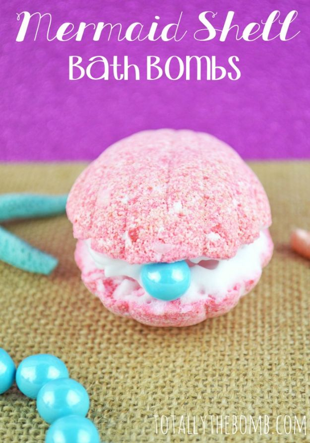 DIY Bath Bombs - Mermaid Shell Bath Bomb - Easy DIY Bath Bomb Recipe Ideas - How to Make Bath Bombs at Home - Best Lush Copycats, Lavender, Glitter Homemade Bath Fizzies #bathbombs #diyideas