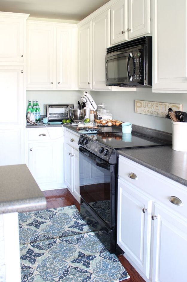 DIY Kitchen Cabinets - Paint Kitchen Cabinets without Professional Equipment - Makeover Ideas for Kitchen Cabinet - Build and Design Kitchen Cabinet Projects on A Budget - Cheap Reface Idea and Tutorial