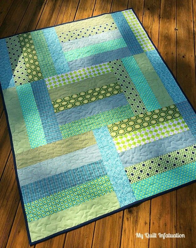 Easy Quilt Ideas for Beginners - Strip Tango Quilt - Free Quilt Patterns and Simple Projects With Fat Quarters - How to Make Baby Blankets, Table Runners, Jelly Rolls