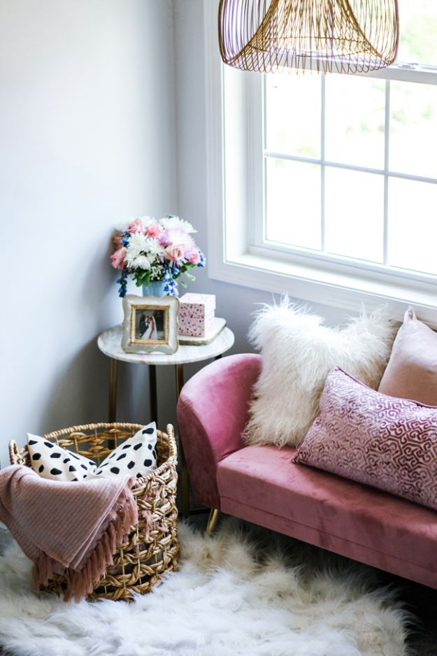 DIY Bedroom Decor Ideas - Style A Cozy Bedroom Nook - Easy Room Decor Projects for The Home - Cheap Farmhouse Crafts, Wall Art Idea, Bed and Bedding, Furniture