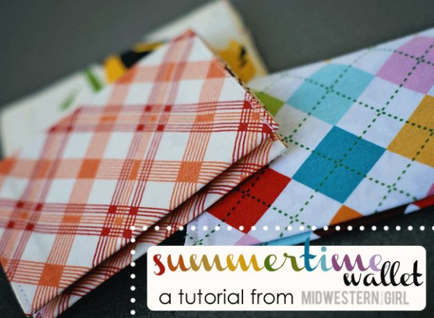 Sewing Projects for Fat Quarters - Summertime Wallet - Easy Ideas to Sew With a Fat Quarter - Quick DIY Gifts, Quilt, Placemats, DIY Baby Gift, Project for The Home, Kids, Christmas