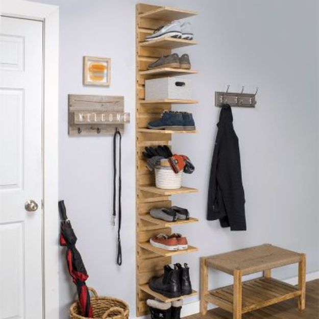 DIY Shoe Racks - Wall Mounted Shoe Rack - Easy DYI Shoe Rack Tutorial - Cheap Closet Organization Ideas for Shoes - Wood Racks, Cubbies and Shelves to Make for Shoes