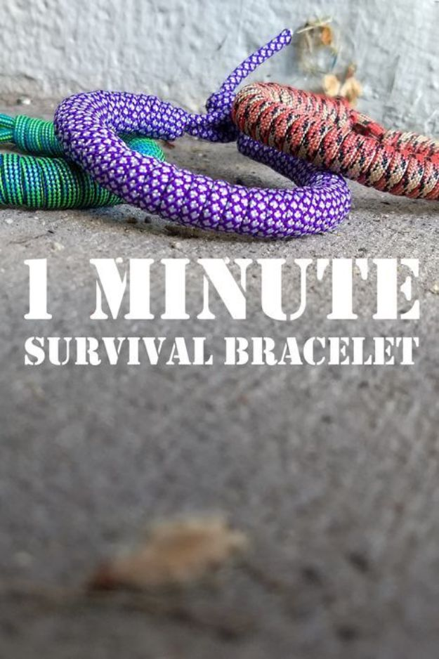 DIY Paracord Bracelet Ideas - 1 Minute Paracord Survival Bracelet - Tutorials for Easy Woven Paracord Bracelets   Survival and Stitched Patterns With Instructions and How To