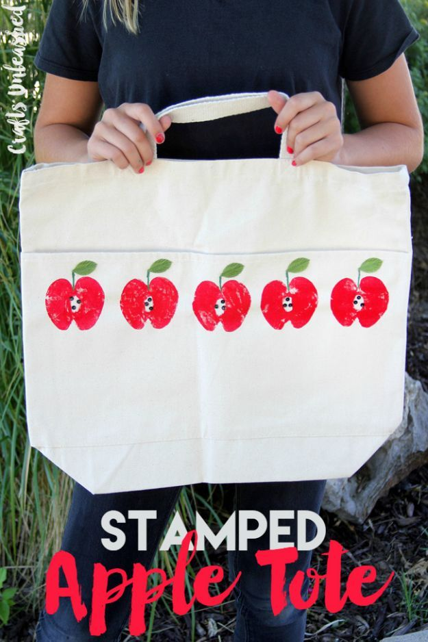 DIY Apple Crafts | Apple Craft DIY Stamped Tote Bag - Cute and Easy DIY Ideas With Apples - Painting, Mason Jars, Home Decor
