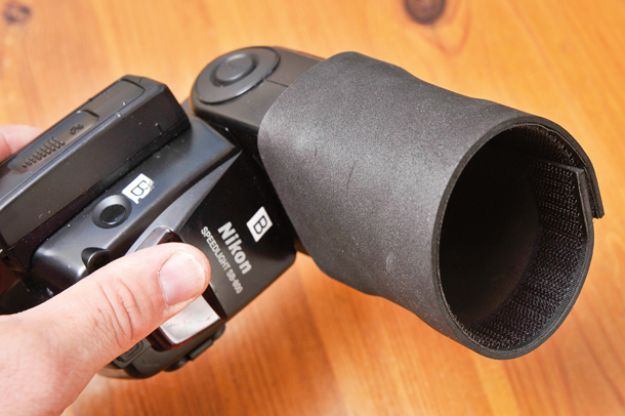 DIY Photography Hacks - Boost Your Flash With Foam and Velcro - Easy Ways to Make Photo Equipment and Props | Photo and Lighting, Backdrops | Projects for Shooting Best Photos